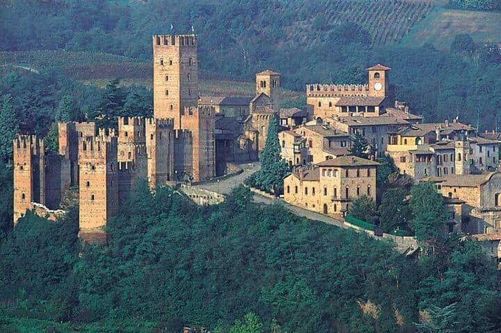 a dream far 75 km from Milan center