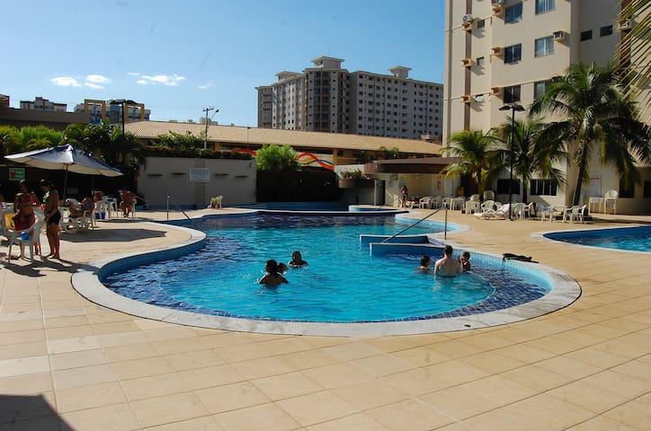 Tranquilidade e conforto, com parque aquático! - Caldas Novas - Flat