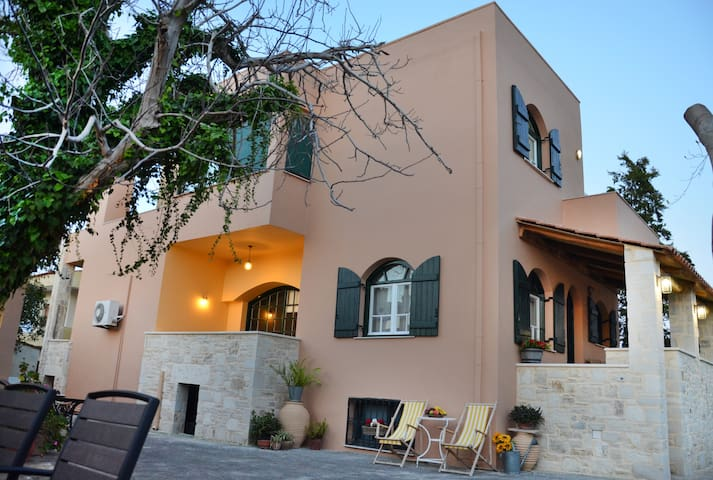 Villa Avly Maleme Chania with pool