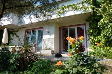 Villa Laetitia  in Gardone Riviera - Gardone Riviera