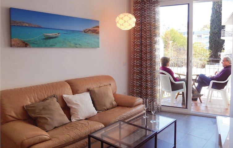 Holiday apartment with 2 bedrooms on 49m² in Tossa de Mar