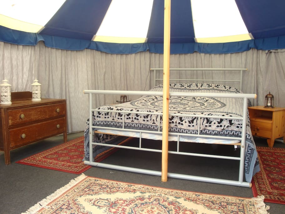 14ft double tent interior