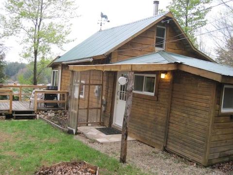 Timber Wolf Lodge @ Lake Desolation