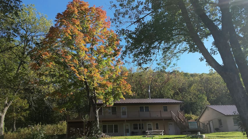 Ferryville Home On the Great River Road