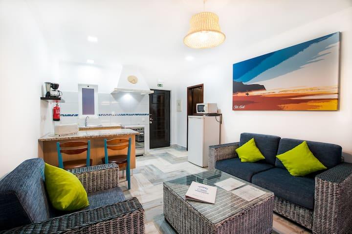 Tonel Apartamentos Turisticos - 2pax