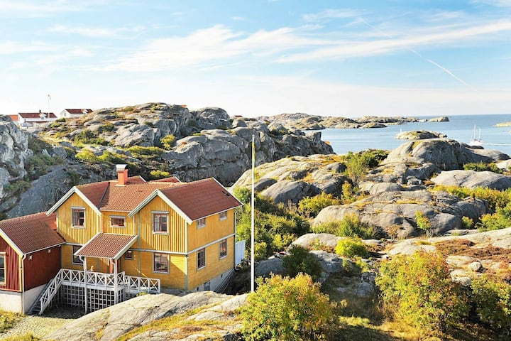5 star holiday home in Skärhamn