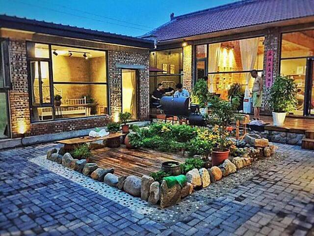 延庆八达岭野鸭湖龙庆峡大隐于市之秘境小院儿 - 北京市 - House