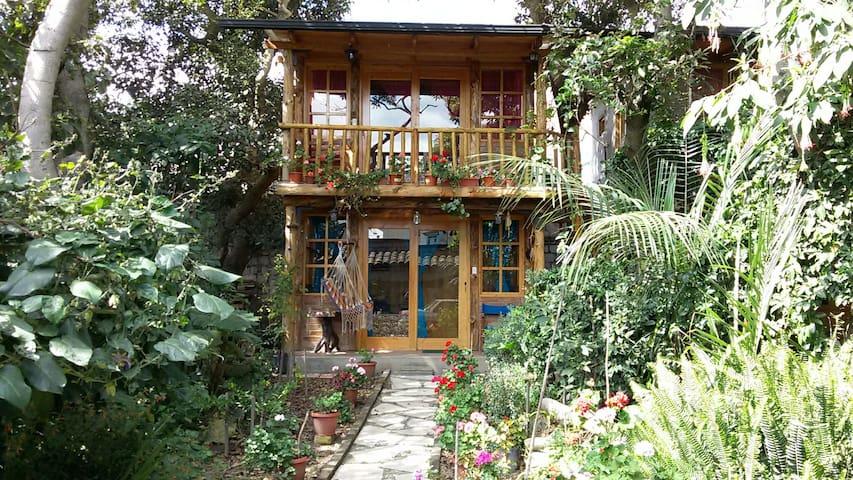 """cabaña """"ARRAYAN"""" - Otavalo-Ecuador"""