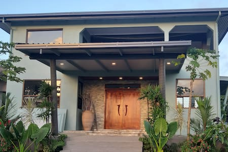 Four Winds ~ 5 Bedroom Seaview Home