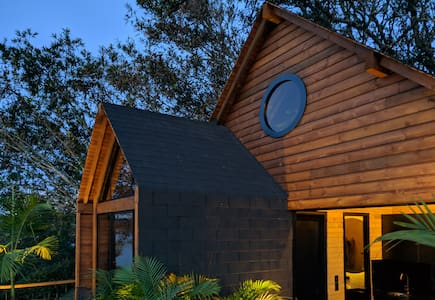 Momot - Wooden Glamping in front of the lake