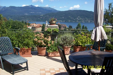Wonderful terrace overlooking the lake near Stresa