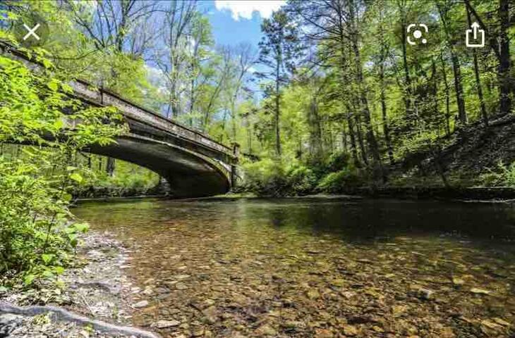 Kayaks, bikes, fishing, nature, and... NYC