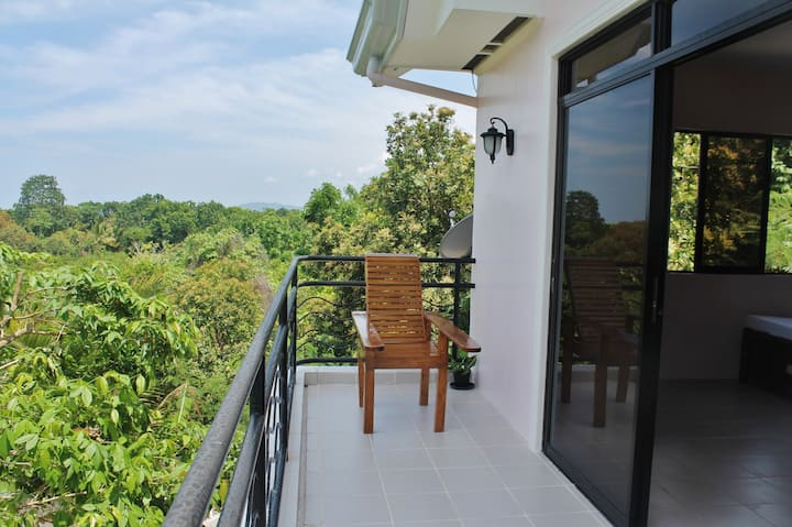 Country-side Studio Flat in Bohol: A