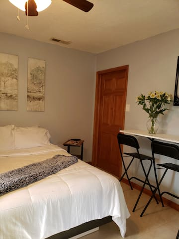 Beautiful and cozy private room, centrally located