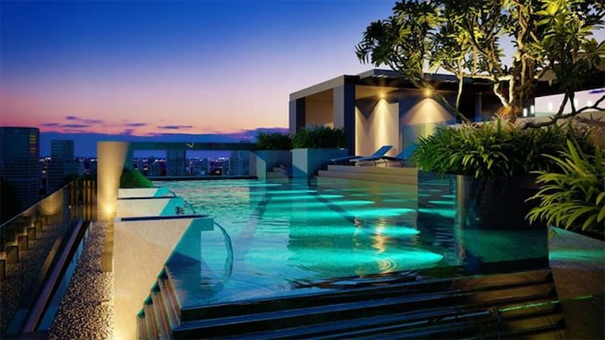 New!Breezy Rooftop Pool*Garden 1b.-Near Bts Erawan