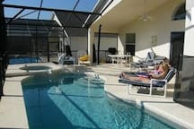 South facing private pool, spa & Gas BBQ