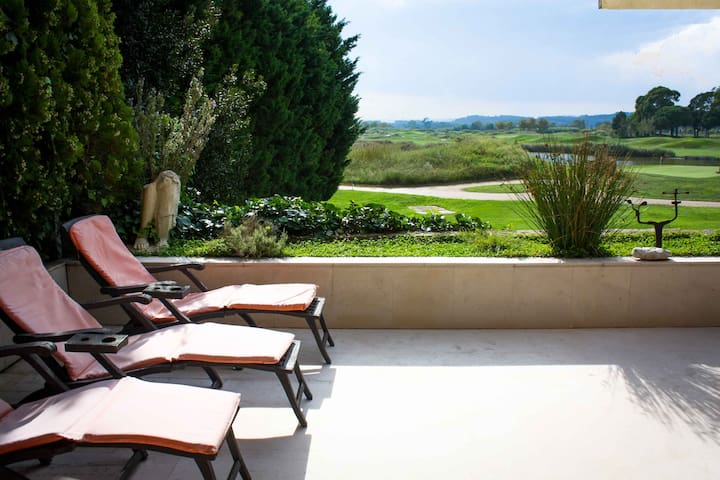 Bright apartment in Golf emporda, Costa Brava - Gualta - Leilighet