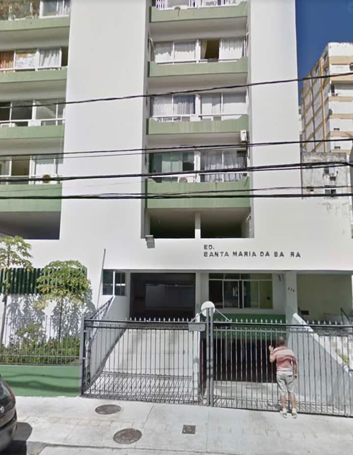 Estúdio no Edf. Santa Maria da Barra, próx. ao mar