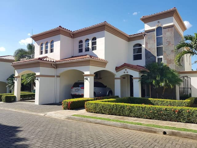 FOR RENT MANAGUA | FULL FURNISHED HOUSE