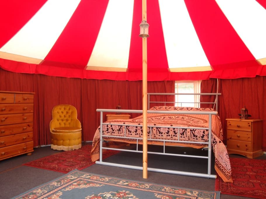 16ft Double tent interior