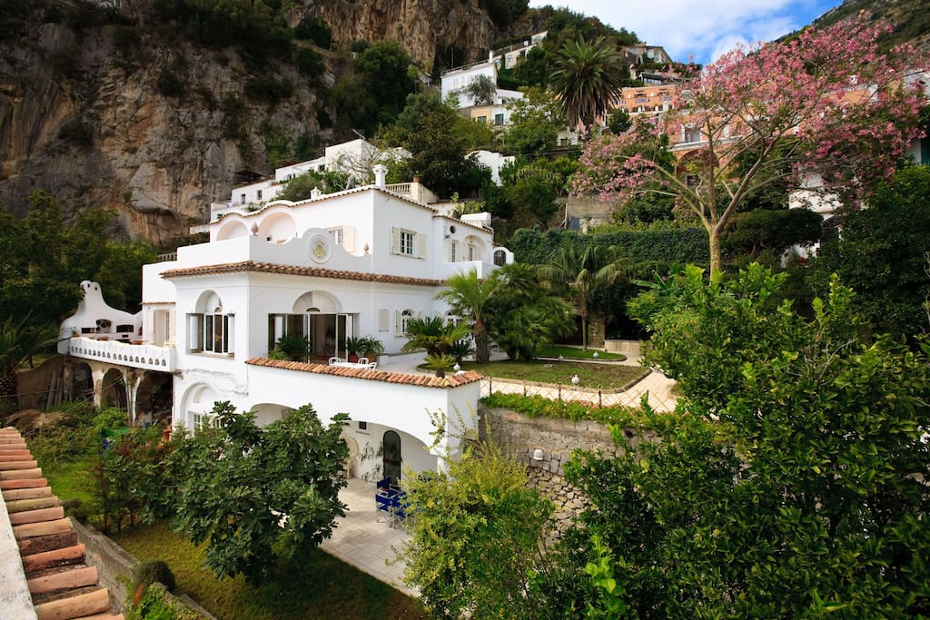 La casa di peppe london suite villas for rent in for Casa positano