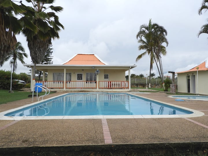 Villa Anita (mínimo 10 personas)