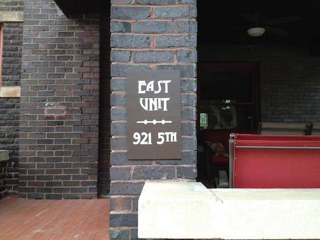 Entrance to East Unit.