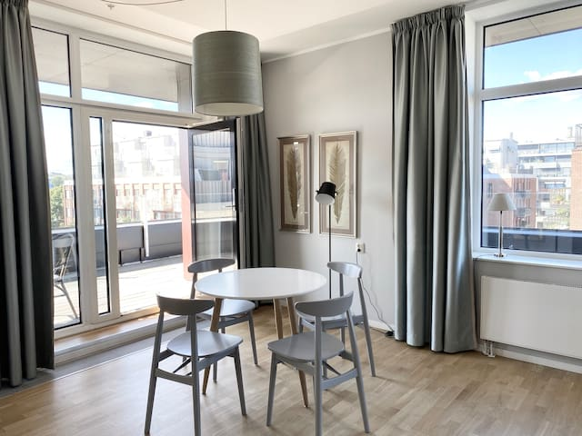 Beautiful 2 bedroom apartment with terrace