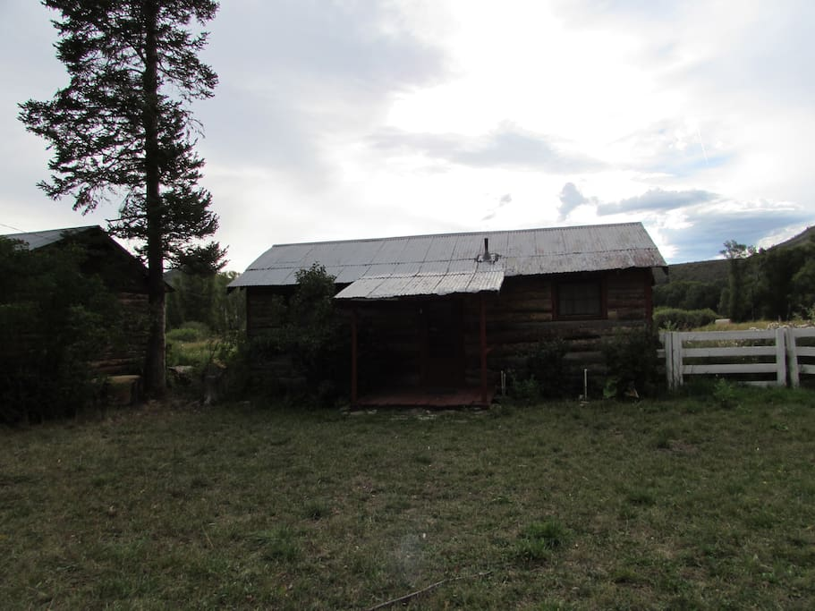 Sandhill Crane and Sage Grouse Cabins