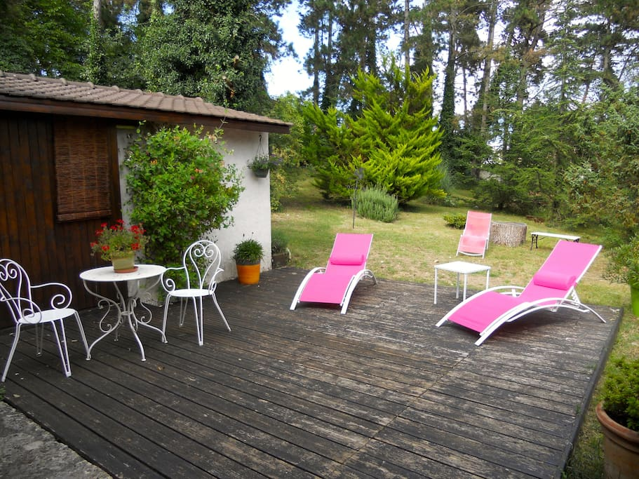 Maison nature au coeur des pins houses for rent in for Buthiers piscine