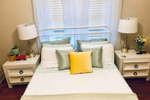 Cozy Private Bedroom, located in Capital Heights!