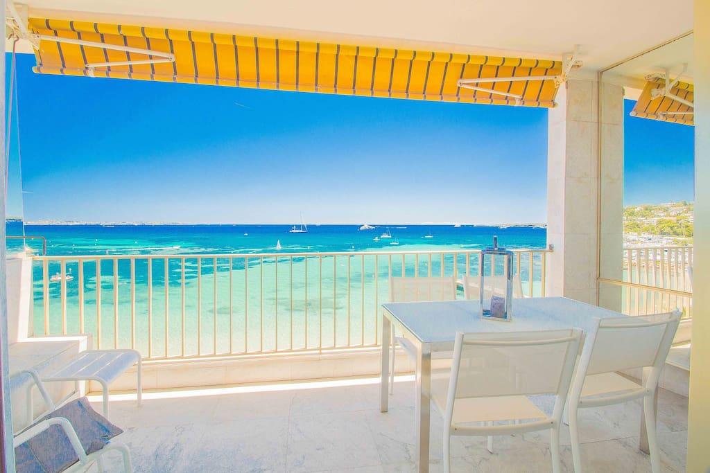 Palm beach thalassa appartements louer cannes for Location garage cannes palm beach