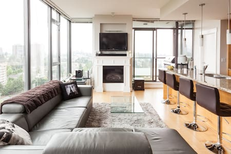 2BD with amazing view parking incl.