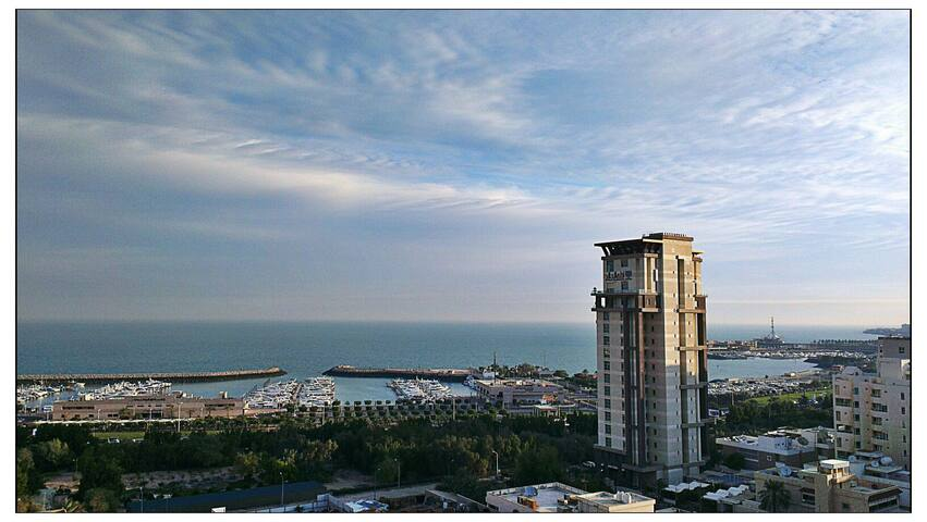 Luxurious Condo on Heart of Gulf - Maiden Hawally - Lejlighed
