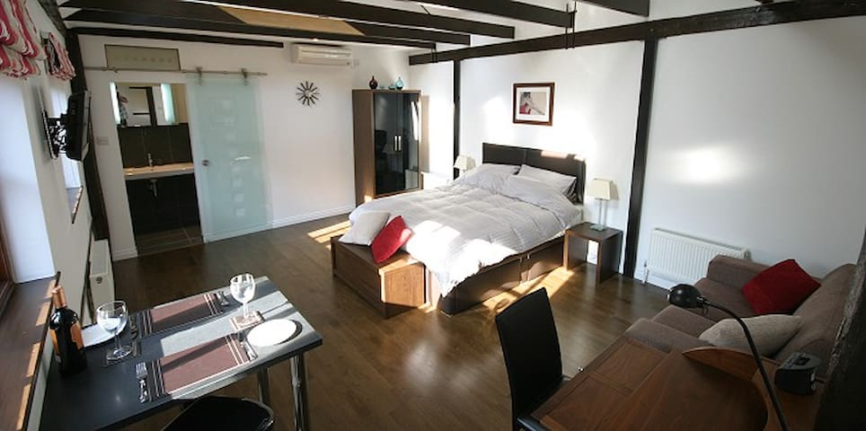 The Stables - Quality apartment near Cambridge - Кэмбридж - Квартира