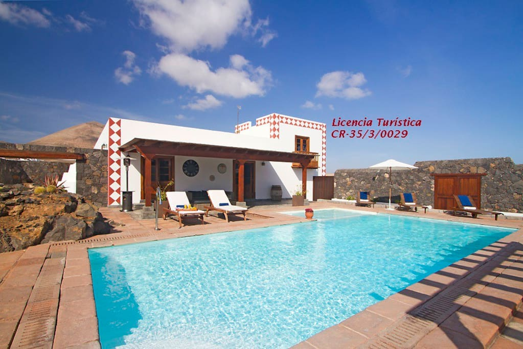Casa rural hero houses for rent in t as canary islands lanzarote spain - Casa rural spain ...