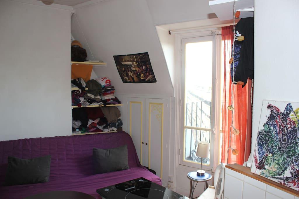 Chambre-Salon vu du coin cuisine