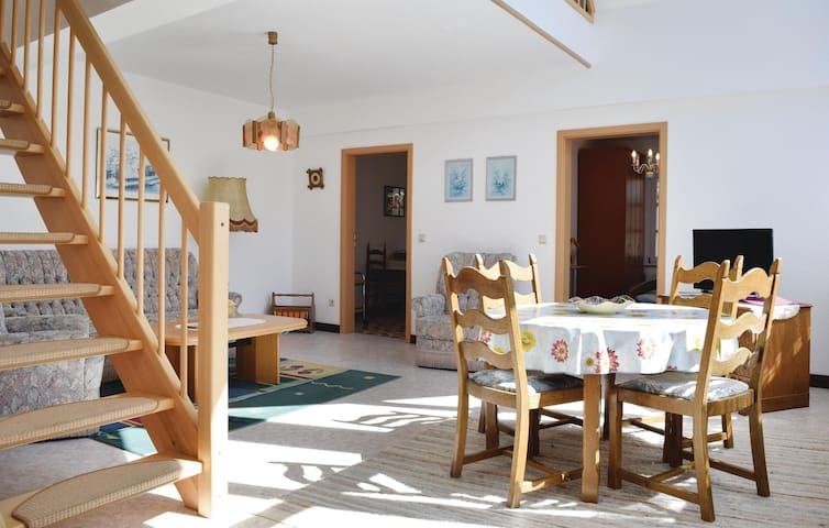 Holiday apartment with 2 bedrooms on 115 m² in Piesport