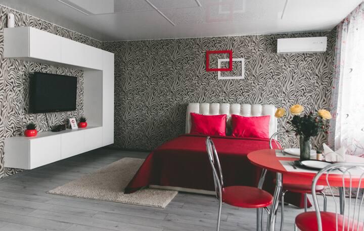 """Апартаменты Red Tamptation в башне """"Витебск"""""""