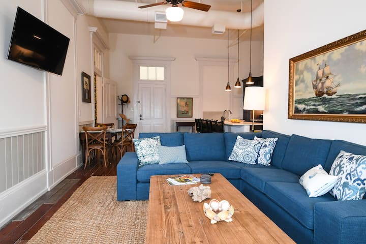 Amazing 2Br Historical Loft Downtown on Strand Street with Harbor Views! | Captain's Quarters
