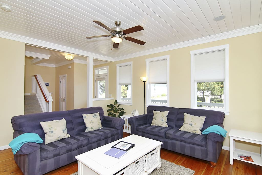 Living room with comfy couches.
