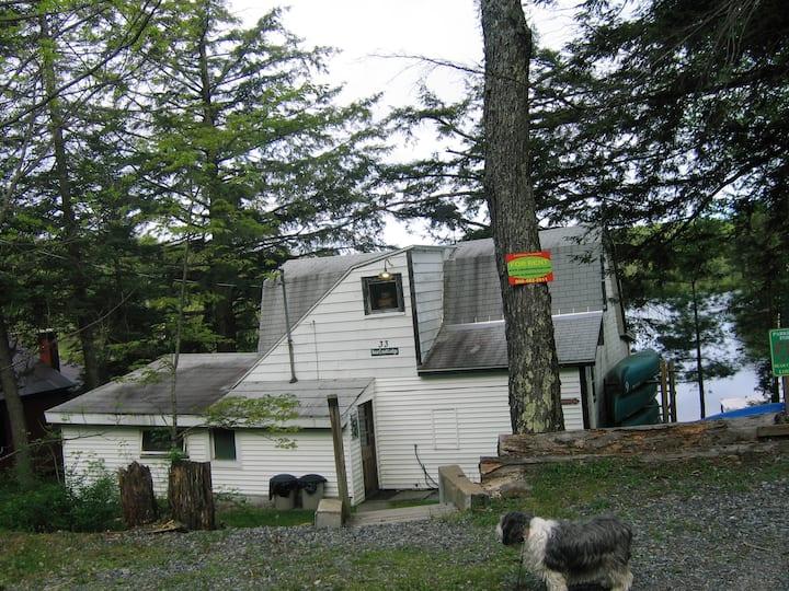 Bear Creek Lodge, Lake Desolation
