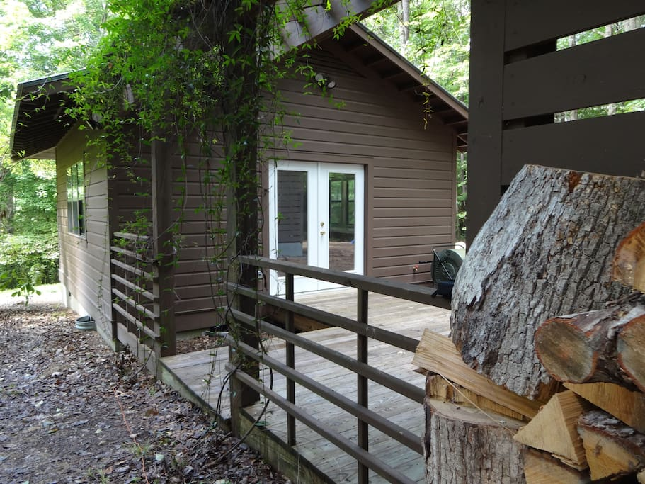 Cozy Secluded Accessible West Wing Apartments For Rent In Chapel Hill Nort