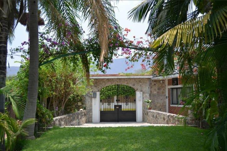 Casa de campo alberca y jardinsote - Ticumán - Ev