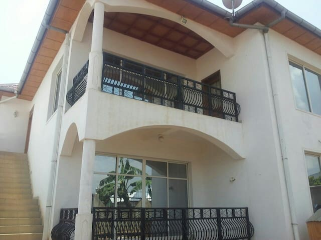 Luxurious 2 bed 120m2 Apartment