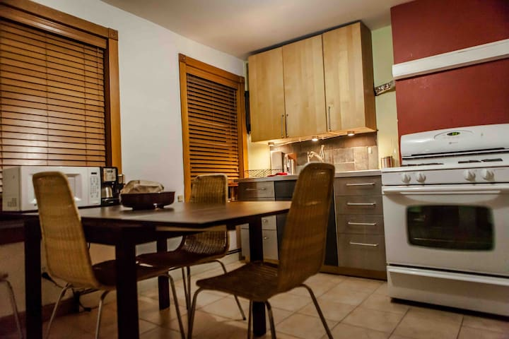 Brooklyn Brownstone apartment - Apartments for Rent in Brooklyn ...