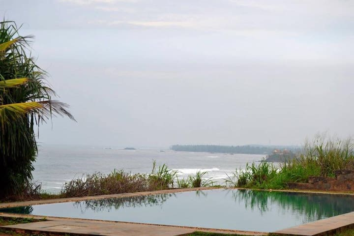 Room in Colonial bungalow with pool & sea view - Matara - Bungalow