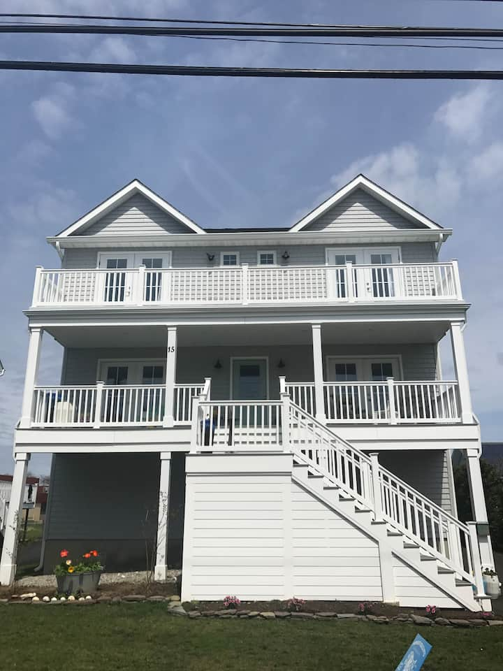 Gorgeous Completely Renovated in Monmouth Beach!