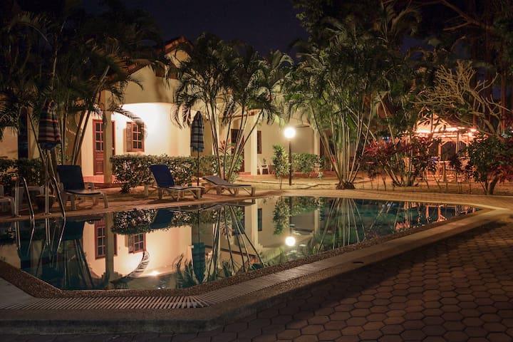 Rawai花园酒店一号房 - 拉威(Rawai) - 平房