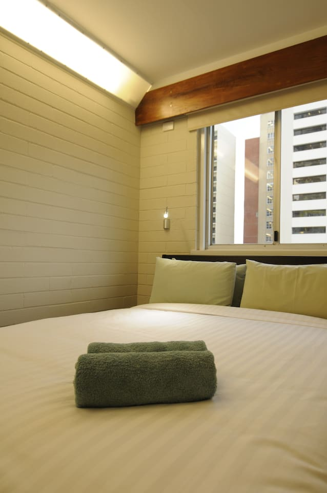 Cosy Rooms 4 Star Hotel Grade Mattresses